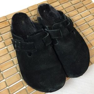 Birkenstock Closed-toe Fur Lined 39